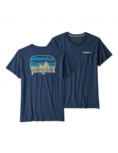 Patagonia Dámske Organické Tričko S Vreckom Fitz Roy Far Out Kamenná Modrá Offbody Spredu A Zozadu