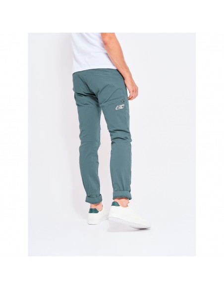 Looking for Wild Mens Technical Pants Fitz Roy Bleur Gris Onbody Back