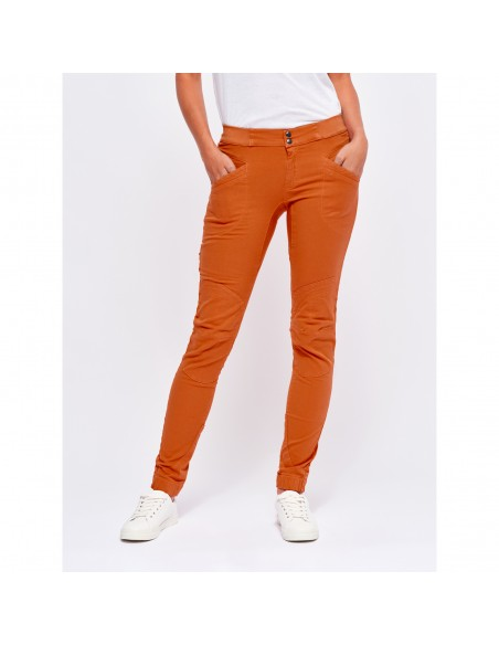 Looking for Wild Woman Technical Pants Layla Peak Candied Orange Onbody Front