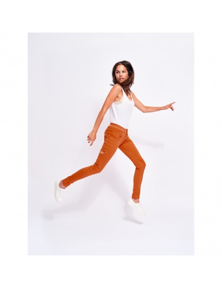 Looking for Wild Woman Technical Pants Layla Peak Candied Orange Onbody Side
