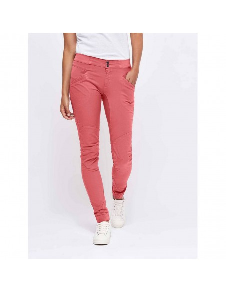 Looking for Wild Woman Technical Pants Layla Peak Tea Rose Onbody Front 2