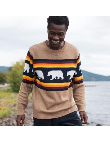 Kavu Highline Sweater Snow Bear Lifestyle 1