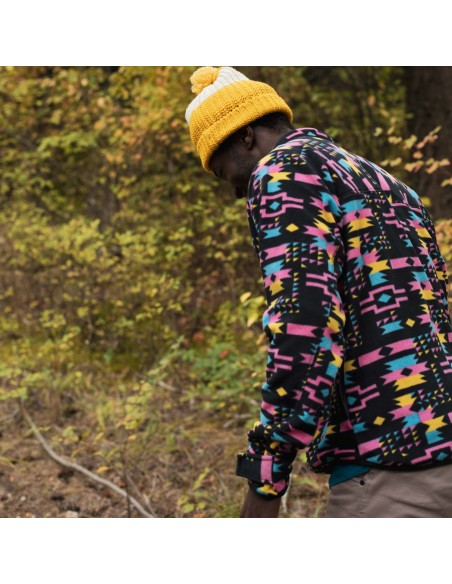 Kavu Mens Winter Throwshirt Strat Geo Lifestyle 2