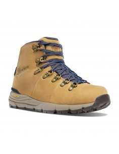 Danner Womans Mountain 600 4.5 Sand Hiking Boots Front