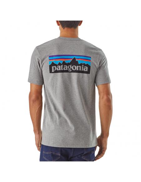 Patagonia Pánske Tričko P-6 Logo Responsibili-Tee Štrková Sivá Onbody Zozadu