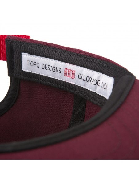 Topo Designs Šiltovka Mini Map Hat Vínová Červená Offbody Uhol 3